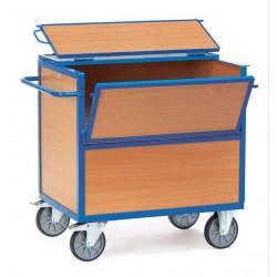 Chariot caisse en bois avec toit